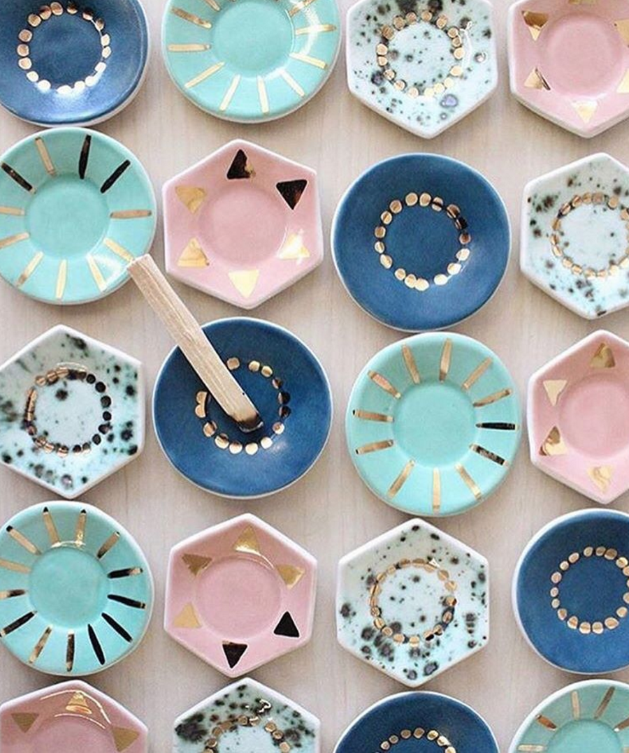 Pretty plates via DesignLoveFest